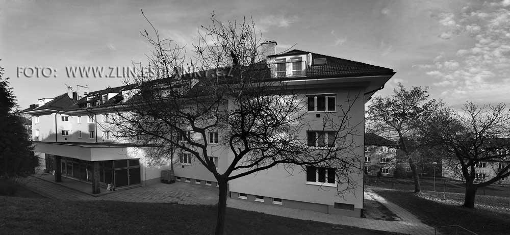 https://zlin.estranky.cz/img/original/1013/1953-55---kamenna-x-prlovska---sidliste-lazy---prodejna-s-obytnym-domem.jpg