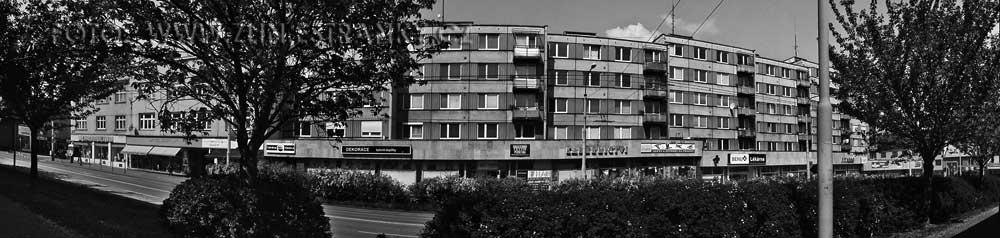 https://zlin.estranky.cz/img/original/1174/1976---murzinova-trida---bytove-domy-s-vestavenym-obcanskym-vybavenim.jpg