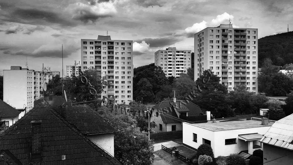 https://zlin.estranky.cz/img/original/1273/1969-71-----sidliste-podhori-od-zapadu.jpg