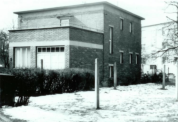 1939 (?) - Zálešná  III. - domek typu Ríša - jeden z posledních baťovských přírůstků v této čtvrti