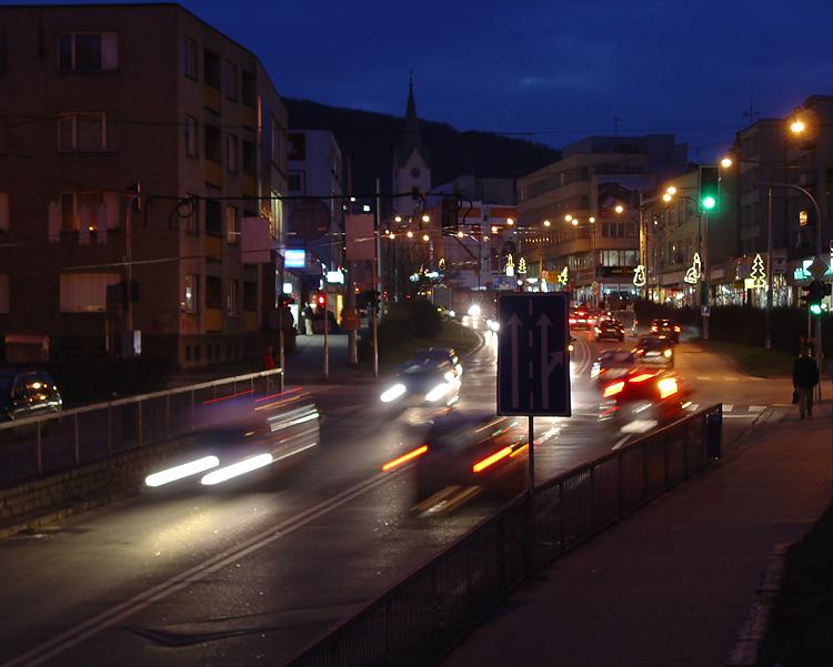 Podvečerní Dlouhá ulice