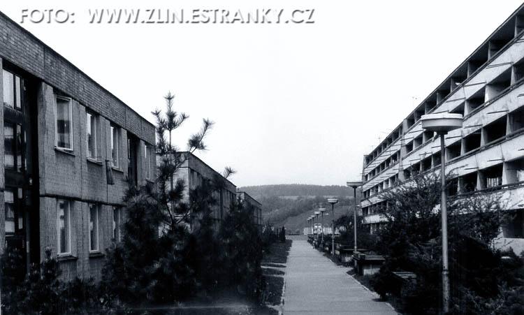 https://zlin.estranky.cz/img/original/567/1972-80---jizni-svahy---blok-13-a-b-c--vlevo--a-14-a-napravo.jpg