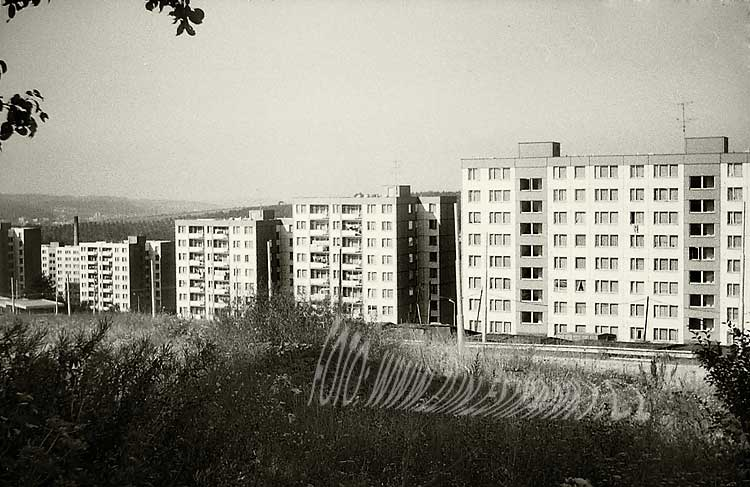 https://zlin.estranky.cz/img/original/736/1981-85---js---ii.-et.---voronezska---deskove-a-bodove-domy.jpg